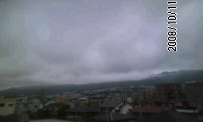 081011 今日は曇りのち晴れ