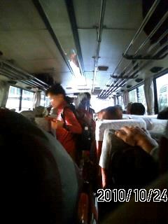 101024 今日は大型バス
