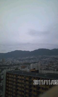 111105 今日は曇りのち雨