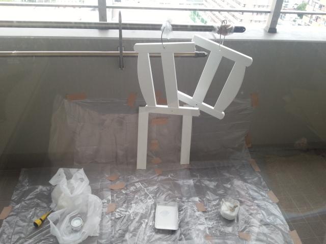 140827 姫さまベッドを塗装