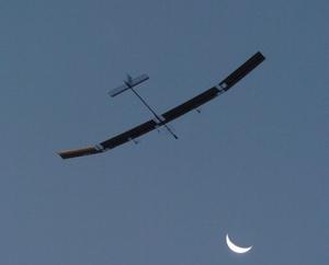 080827_solarpowerairplane_l_yu_ze_2